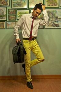 calça colorida amarela masculina