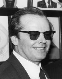 óculos para homem na moda
